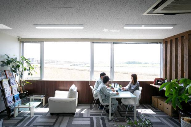 Workspace / オフィス環境